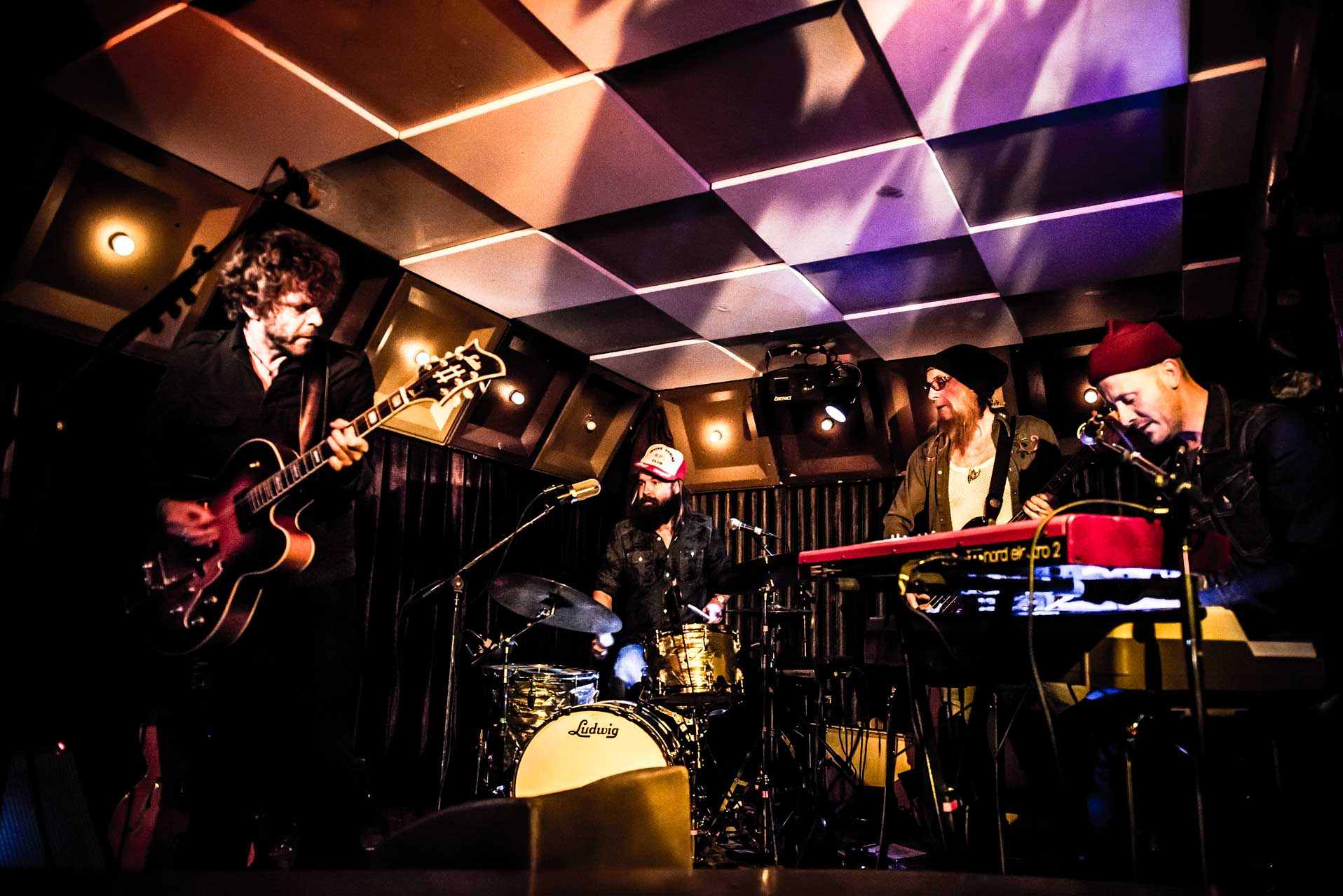 Mattias Hellberg & The Fur Heads